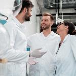 Unge forskere bygger bro mellem universiteter og hospitaler